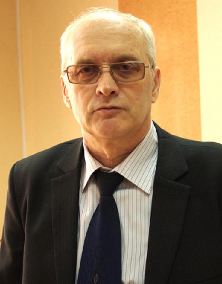 Заместитель директора по учебной работе Поляков Валерий Викторович
